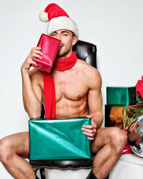 13 Hot Santas For Christmas